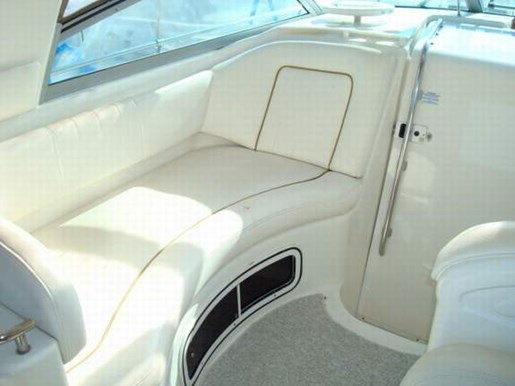 1999 Sea Ray boat for sale, model of the boat is 290 Sundancer & Image # 8 of 16