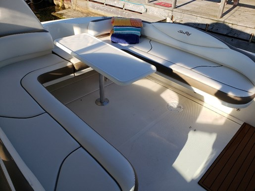 2000 Sea Ray boat for sale, model of the boat is 410 Sundancer & Image # 5 of 20