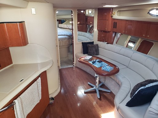 2000 Sea Ray boat for sale, model of the boat is 410 Sundancer & Image # 10 of 20