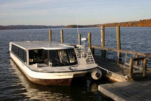 1999 PAX Water Taxi ***NEW PRICE!! Steel 49 PAX Water Taxi Photo 1 of 5