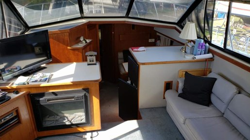 1990 Carver boat for sale, model of the boat is 3807 Aft & Image # 15 of 30
