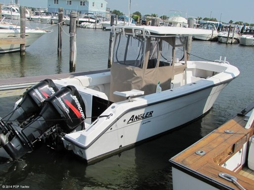 2007 Angler 260 Center Console Photo 2 of 20