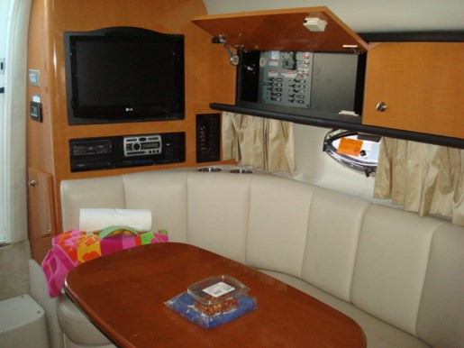Chaparral 290 Signature 2009 Used Boat For Sale In