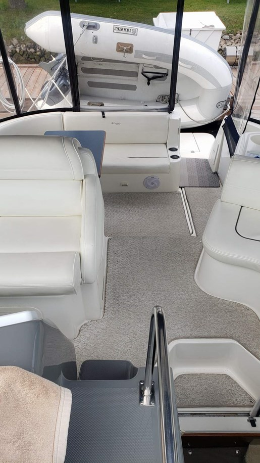 2005 Cruisers Yachts boat for sale, model of the boat is 340 Express & Image # 6 of 20