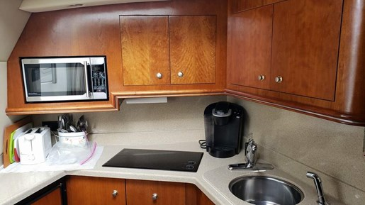 2005 Cruisers Yachts boat for sale, model of the boat is 340 Express & Image # 13 of 20