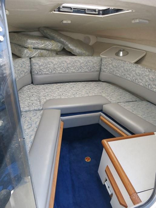 Bayliner 2352 Capri 1998 Used Boat For Sale In Windsor