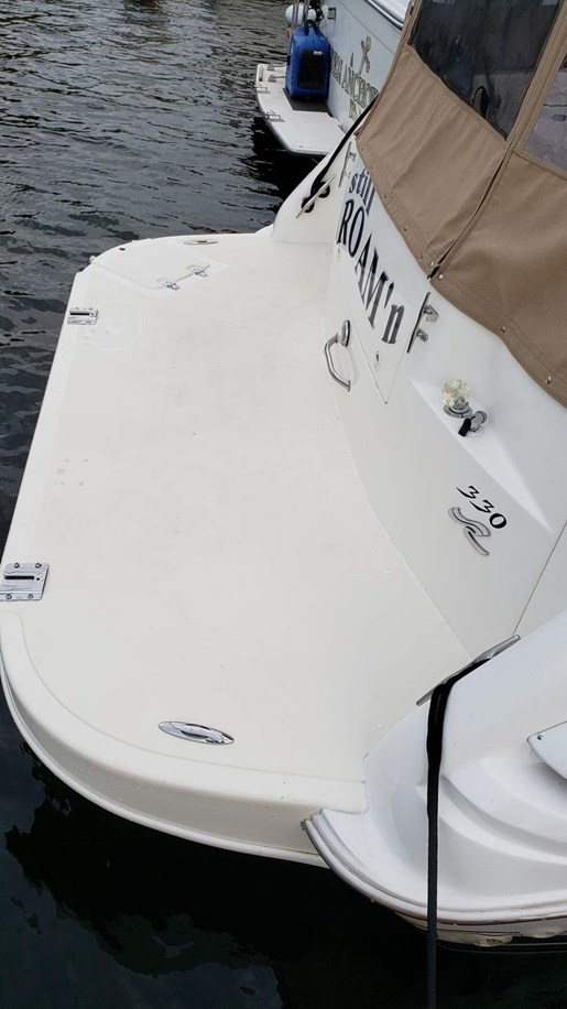 1997 Sea Ray boat for sale, model of the boat is 330 Sundancer M/C & Image # 4 of 15