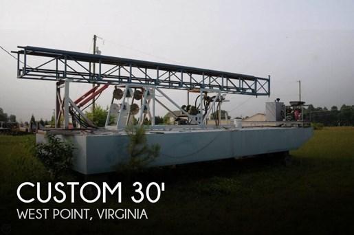 2009 Custom Photo 1 of 20
