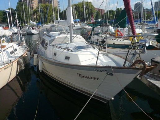 1985 SATURNA 33 PILOT HOUSE for sale