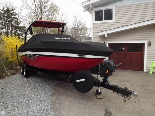 2005 Malibu 25 Sunscape LSV w/ Wakesetter Package Photo 6 of 20