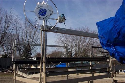 2000 Shore Stations Lift SSV60132 Photo 1 of 1