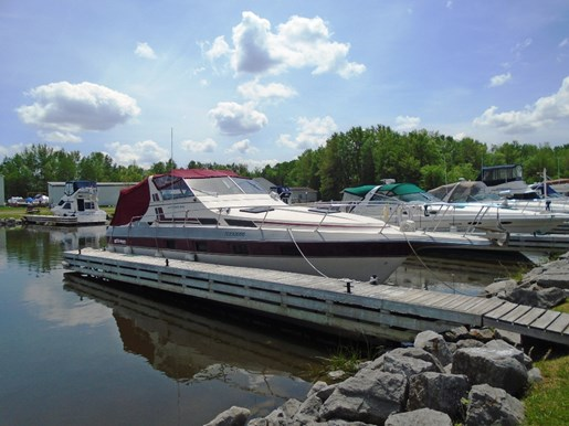 For Sale: 1983 Cruisers Yachts Ultra Vee 336 36ft<br/>Pirate Cove Marina