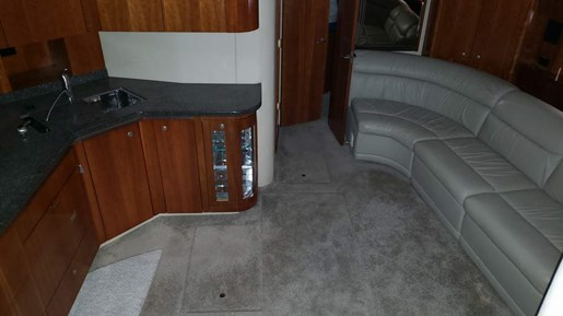 2006 Cruisers Yachts boat for sale, model of the boat is 520 Express MC & Image # 27 of 56