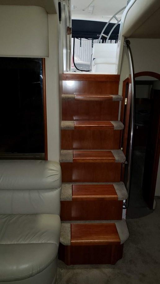 2006 Cruisers Yachts 520 Express MC | 26 of 54