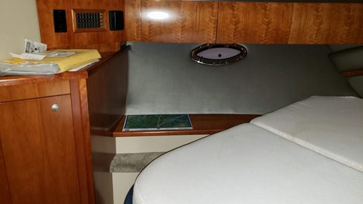 2006 Cruisers Yachts boat for sale, model of the boat is 520 Express MC & Image # 35 of 56