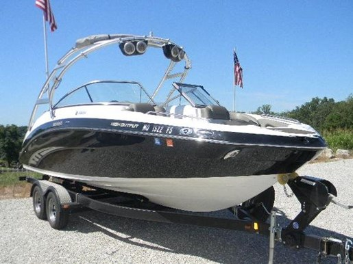 Yamaha 242 limited s 2011 used boat for sale in lake ozark for Yamaha 242 for sale
