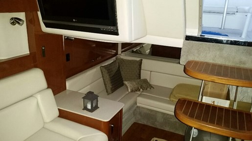 2008 Sea Ray 350 Sundancer | 14 of 20