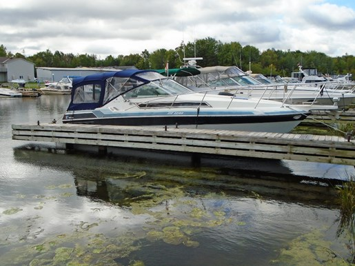 For Sale: 1988 Wellcraft 2800 Monte Carlo Express Cruiser 28ft<br/>Pirate Cove Marina