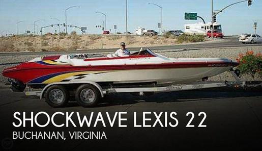 2002 Shockwave Lexis 22 Photo 1 of 12