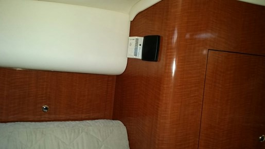 2003 Sea Ray boat for sale, model of the boat is 320 Sundancer & Image # 12 of 16