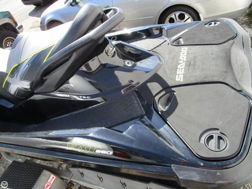 2013 Sea-Doo RXT-X 260 Photo 13 of 20