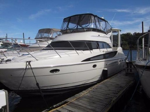 Meridian 459 motoryacht 2007 used boat for sale in bayport for Boat motors for sale mn