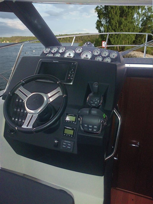 2016 Jeanneau NC 11 Twin Volvo D3-200 Diesel Sterndrives with... Photo 23 of 58