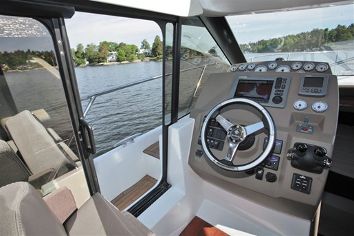 2016 Jeanneau NC 11 Twin Volvo D3-200 Diesel Sterndrives with... Photo 54 of 58