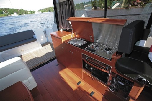 2016 Jeanneau NC 11 Twin Volvo D3-200 Diesel Sterndrives with... Photo 75 of 116
