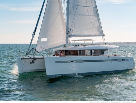 2017 Lagoon 450 Sport Photo 19 of 22