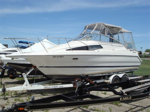 1998 Bayliner 2655 CIERA SUNBRIDGE Photo 1 of 15