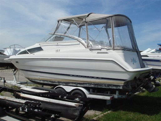 1998 Bayliner 2655 CIERA SUNBRIDGE Photo 2 of 15