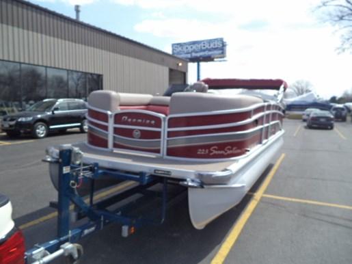Premier 224 2011 used boat for sale in oshkosh wisconsin for Used outboard motors for sale wisconsin