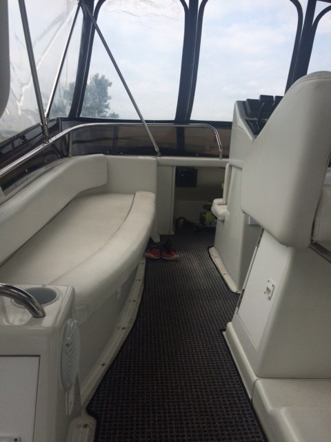1991 Silverton 34 Aft Cabin Photo 23 of 55