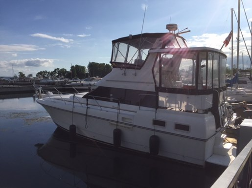 1991 Silverton 34 Aft Cabin Photo 4 of 55