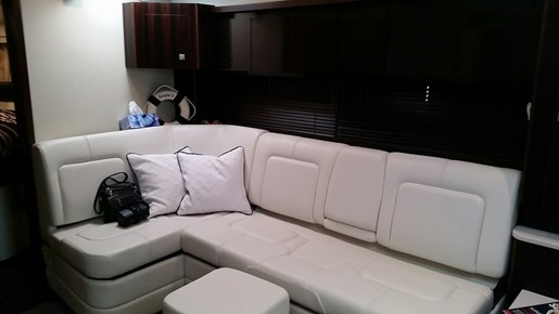 2013 Monterey boat for sale, model of the boat is 400 SY & Image # 20 of 32
