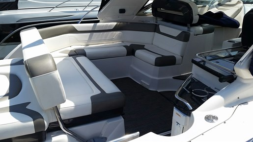 2013 Monterey boat for sale, model of the boat is 400 SY & Image # 12 of 31