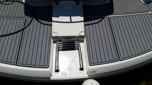 2013 Monterey boat for sale, model of the boat is 400 SY & Image # 7 of 32