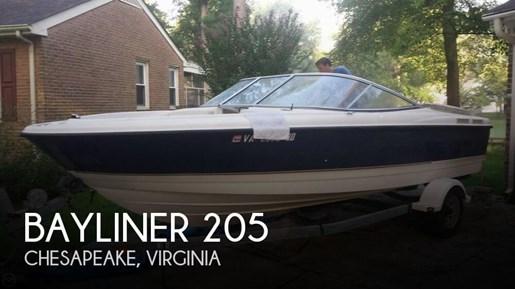2003 Bayliner 205 Photo 1 of 20