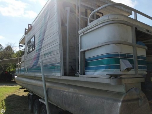 1997 Leisure Kraft 30 House Boat Photo 5 of 20