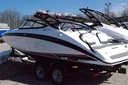 Yamaha ar210 2017 neuf bateau vendre au midland ontario for Yamaha dealers in arkansas