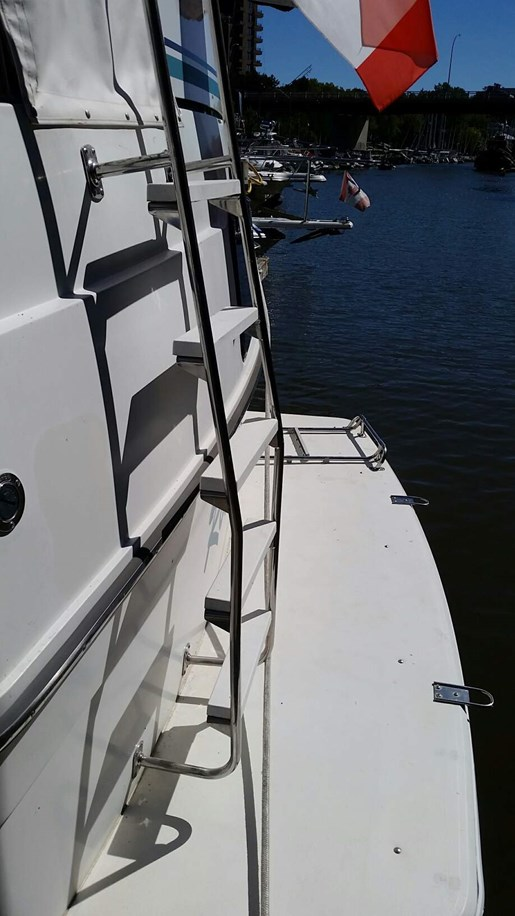 1992 Carver boat for sale, model of the boat is 3608 Aft F/B & Image # 3 of 28