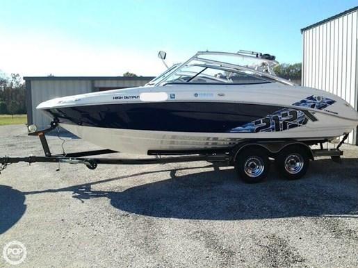 Yamaha 2009 used boat for sale in sarasota florida for Used yamaha outboard motors for sale in florida