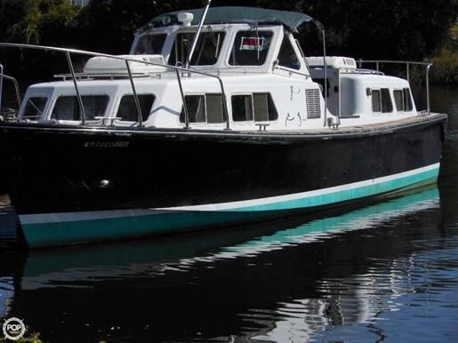 Willard 1990 used boat for sale in panama city florida for Used boat motors panama city fl