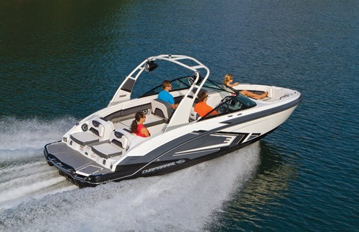 2017 CHAPARRAL 223 VORTEX VRX Photo 3 of 25