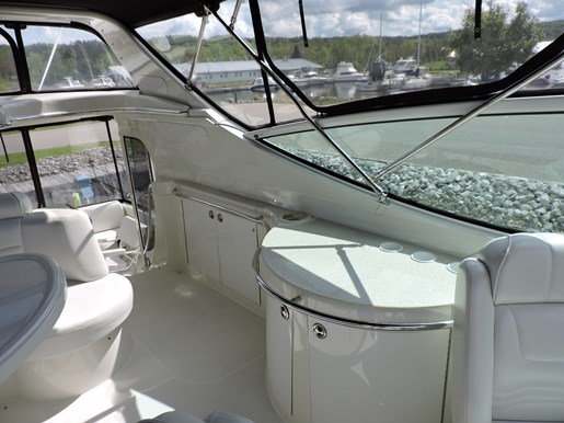 2005 Carver 46 Motor Yacht Photo 34 of 74