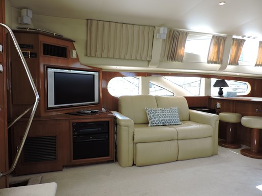 2005 Carver 46 Motor Yacht Photo 39 of 74