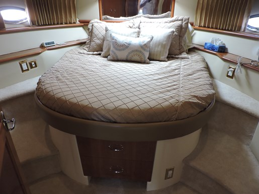 2005 Carver 46 Motor Yacht Photo 63 of 74