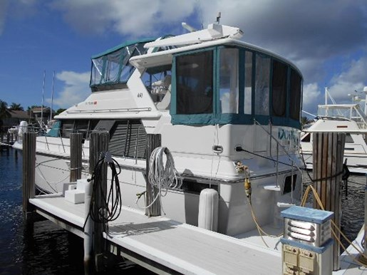 Carver 440 Aft Cabin Motor Yacht 1995 Used Boat For Sale