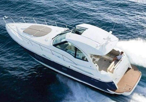 2012 Cruisers Yachts 43 Sport Coupe W/ips